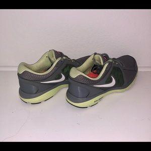 NIKE Dual Fusion Women's Running Shoes